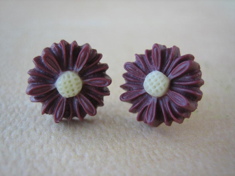Daisy Earrings - Burgundy - Jewelry by FIVE